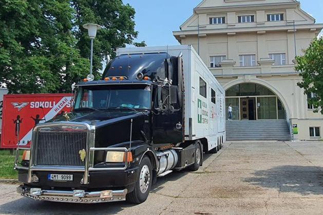 Očkovací kamion se vydá na cestu krajem
